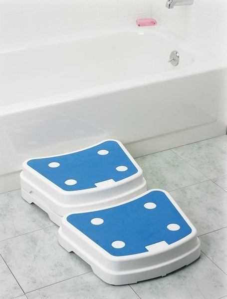 Drive DeVilbiss Healthcare Portable:Stackable Padded Bath Step