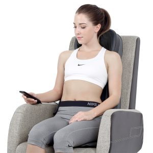naipo back massage cushion in use
